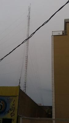 Torre De 30 Metros De Altura Em Local Alto Alugo Para Transm