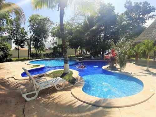 Casa En Los Olivos, Privada Sandia Playa Del Carmen P2512