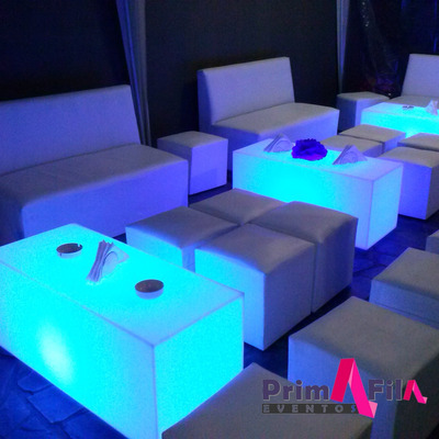 Alquiler De Living, Puff, Led, Carpa, Mesa, Sillon 15, Norte