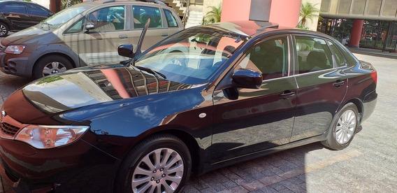 Subaru Impreza 2.0 Sedã