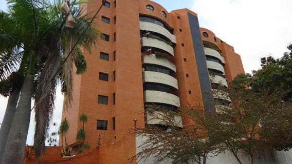 Apartamento En Venta Barquisimeto Rah: 19-4452
