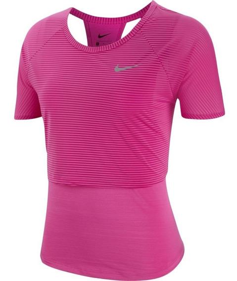 Camiseta Nike 10k Breathe Feminina