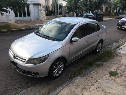 Volkswagen Voyage 1.6 Full Año 2011