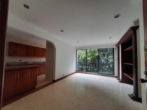 Imagen 1 de 14 de Apartaestudio En Venta, Av Del Poblado, Medellin.