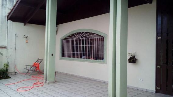 Casa À Venda Residencia Com Três Dormitórios. Ref. 3451 M H