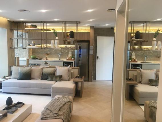 Apartamento Em Moema, São Paulo/sp De 64m² 2 Quartos À Venda Por R$ 718.084,02 - Ap389673