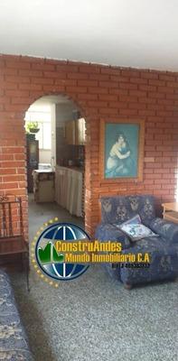 Apartamento De 3 Habitaciones Y 1 Baños Urb. Santa Juana