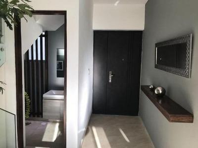 Querétaro, Corregidora, Casa En Venta, Privada Con Alberca. M Alba