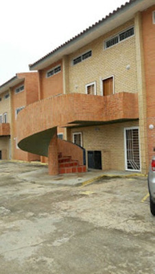 Ancoven Premium Vende Bello Town Houses En Chichiriviche
