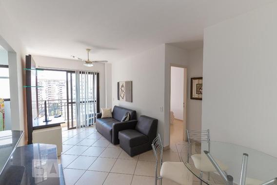 Apartamento No 13º Andar Mobiliado Com 1 Dormitório E 1 Garagem - Id: 892962750 - 262750