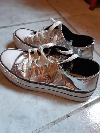 Zapatillas Tipo Converse Color Plata Charol, Talle 35