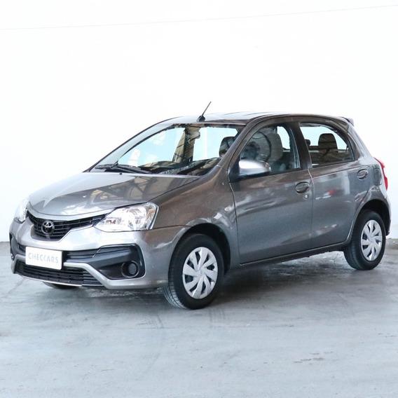 Toyota Etios 1.5 Xs My19 - 24264 - C