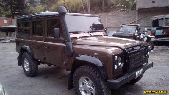 Land Rover Defender Rustico