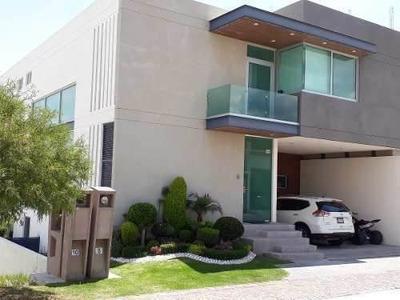 Casa Residencial En Sierra Azul