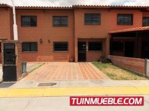 Fr 16.7082 Townhouses En Venta Villa Del Este