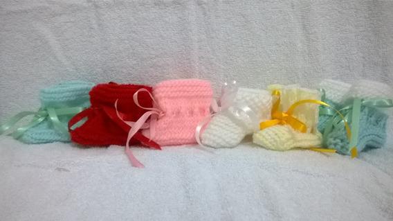 Kit Com 6 Sapatinhos De Lã Em Tricô Para Menina Feitos A Mão