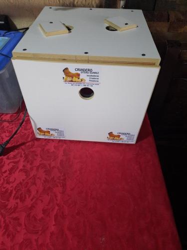 Incubadora Para 30 Huevos Digital.