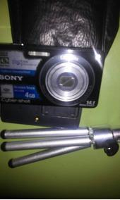 Camera Sony 4gb,14,1 Mpx.cyber-shot,4vezes Optical Zoom...