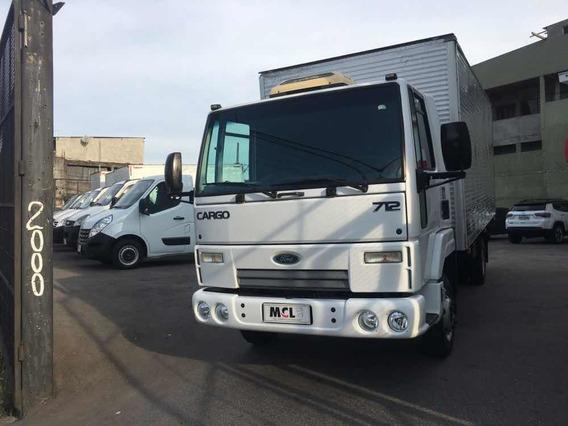 Ford Cargo 712 C/ Bau 2012