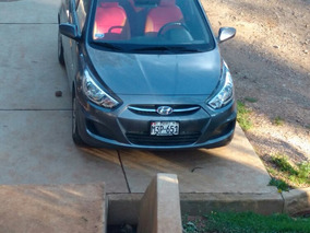 Hyundai Accent Intermedio 2015