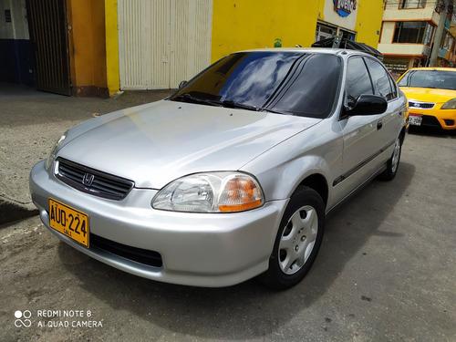 Imagen 1 de 12 de Honda Civic Lx