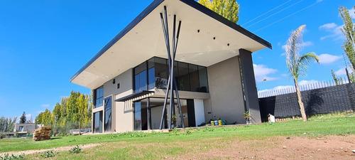 Se Vende Casa Minimalista Bºvilla Atilia-lujan