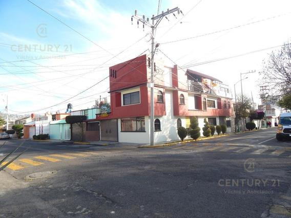 Casa En Venta En Colonia Morelos.
