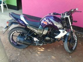 Moto Fz16 2014