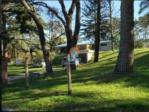 Punta Del Este Cantegril Casa De 5 Dormitorios, Piscina, 2000 M2 De Terreno - Ref: 343