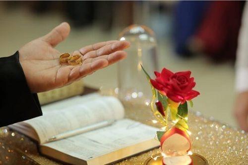 Porta Alianças Rosa Encantada A Bela E A Fera Casamento