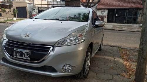 Peugeot 208 2015 1.5 Active