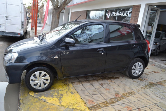 Toyota Etios Xs 1.5 6mt