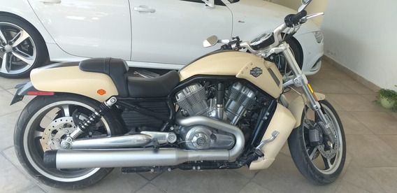 Harley D Vrscf V-road Muscle 2015 Color Beige $220 Mil