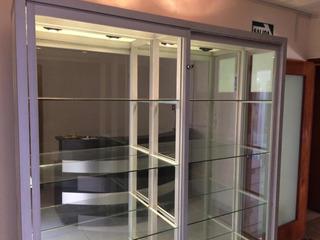 Remato Vitrina Exhibidora De Vidrio Y Aluminio