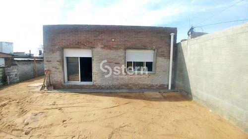 Casas En El Centro De Maldonado- Ref: 1050