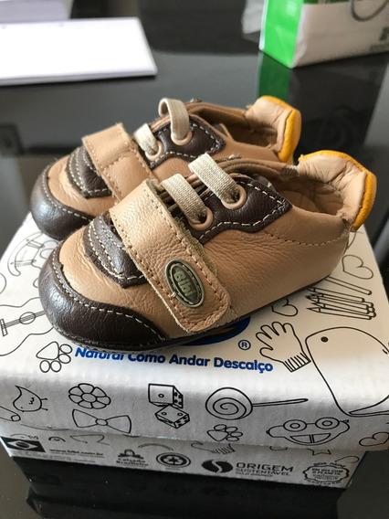 Sapato De Bebê Da Marca Bibi - Tamanho 16