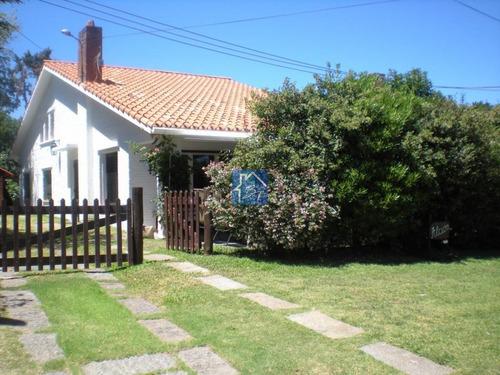 Casa En Venta , Cantegril , Punta Del Este - Ref: 1525