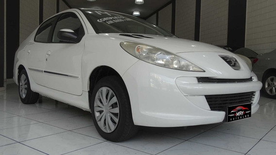 Peugeot 207 Passion 2014 1.4 Active Flex 4p - Sedan