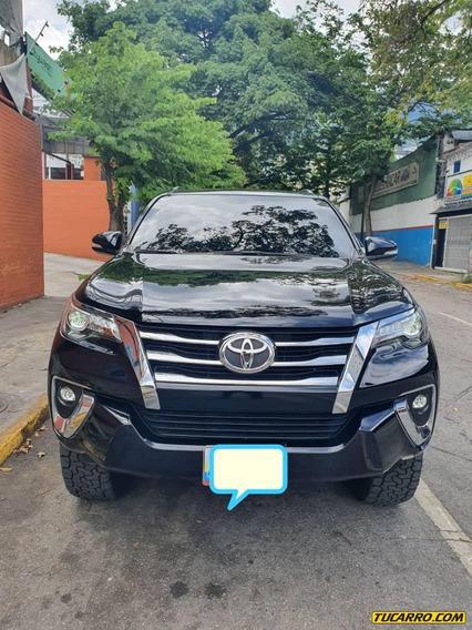 Toyota Fortuner Dubai