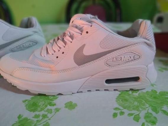 Zapatillas Nike Numero 36 Un Mes De Uso 2.200