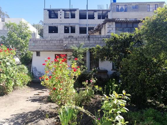 Casa Con 300 Metros De Terreno Valle De Los Chillos.