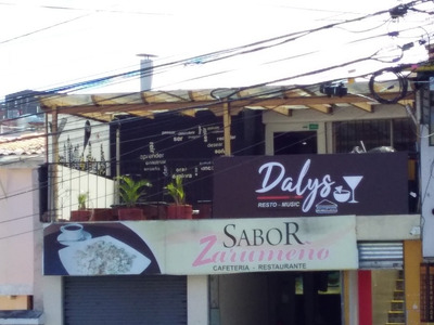 Bar Restaurante Por La Avenida De Los Granados