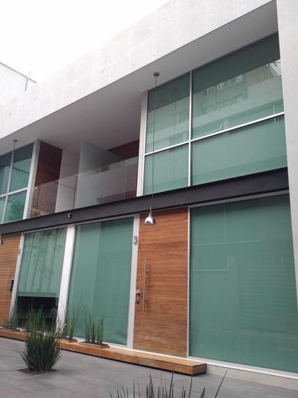 Del Valle, Impecable Casa En Condominio Ubicada En El Corazó