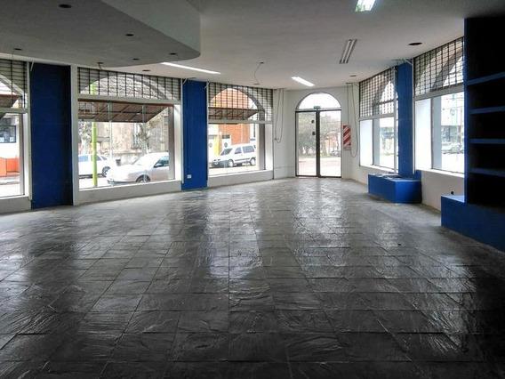 Local En Alquiler 240 M2 En Centro Campana A Una Cuadra De Plaza Principal Y Rocca