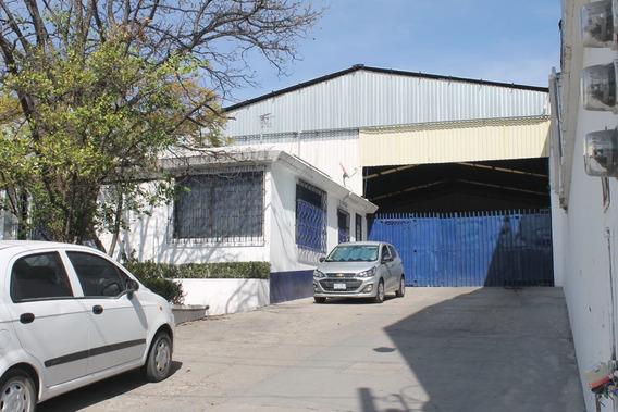 Renta De Bodega Comercial, Excelente Ubicación En Bernardo Quintana, $105 M2