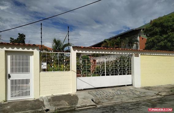 Casa En Barrio Sucre, Las Delicias