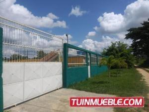 Haciendas - Fincas En Venta En Tocuyito 19-14351 Gz