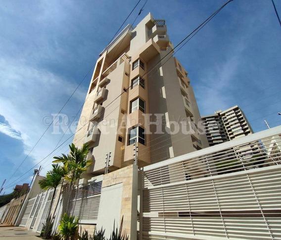 Apartamento En Alquiler Av. 5 De Julio Maracaibo V Ch.