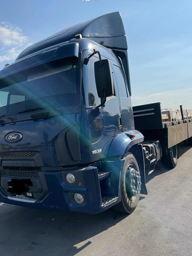 Imagem 1 de 9 de Ford Cargo