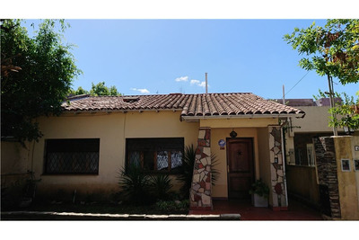 Casa A Moderniza Sobre Terreno De 360 M2